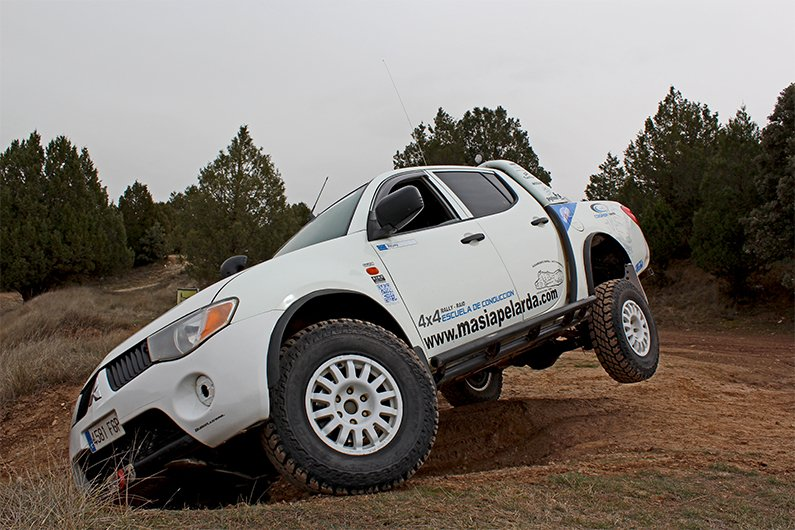 Mitsubishi l200 suspension kit